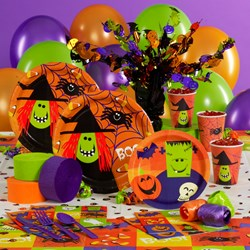 Halloween Fun Friends Deluxe Party Kit