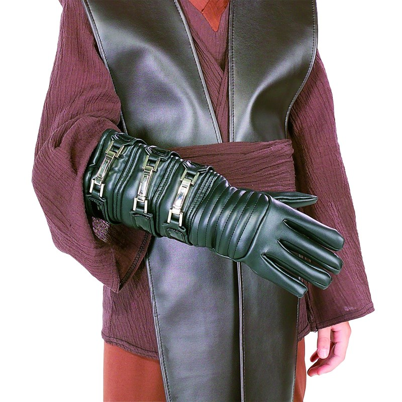 Star Wars Anakin Skywalker Child Gauntlet for the 2015 Costume season.
