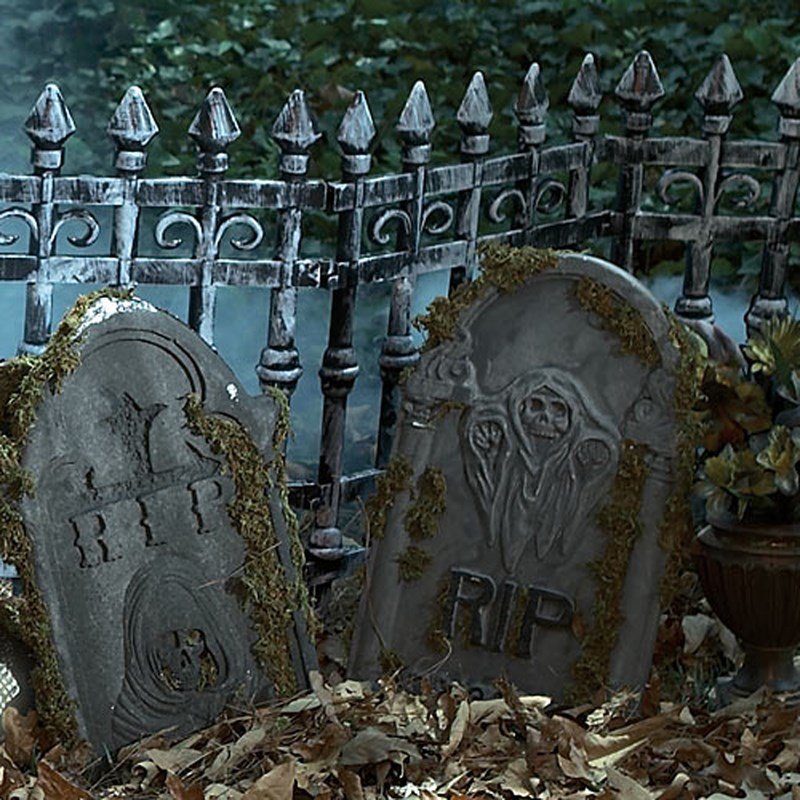 Graveyard Fence (2 count) for the 2015 Costume season.