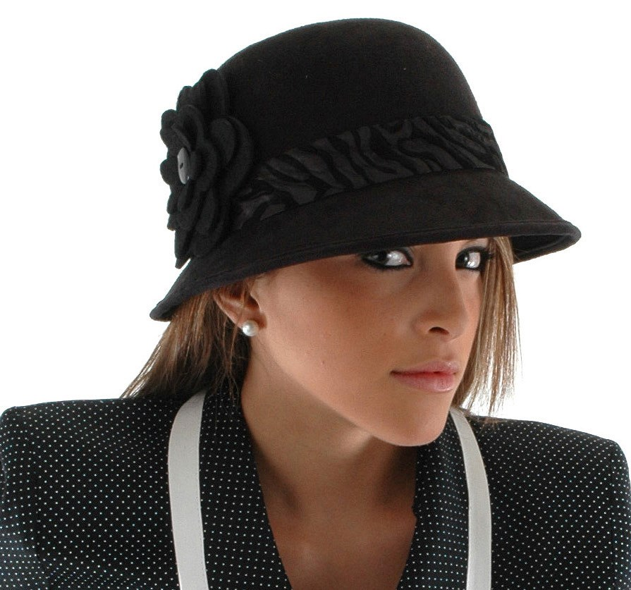 Image of Adult Cloche Hat