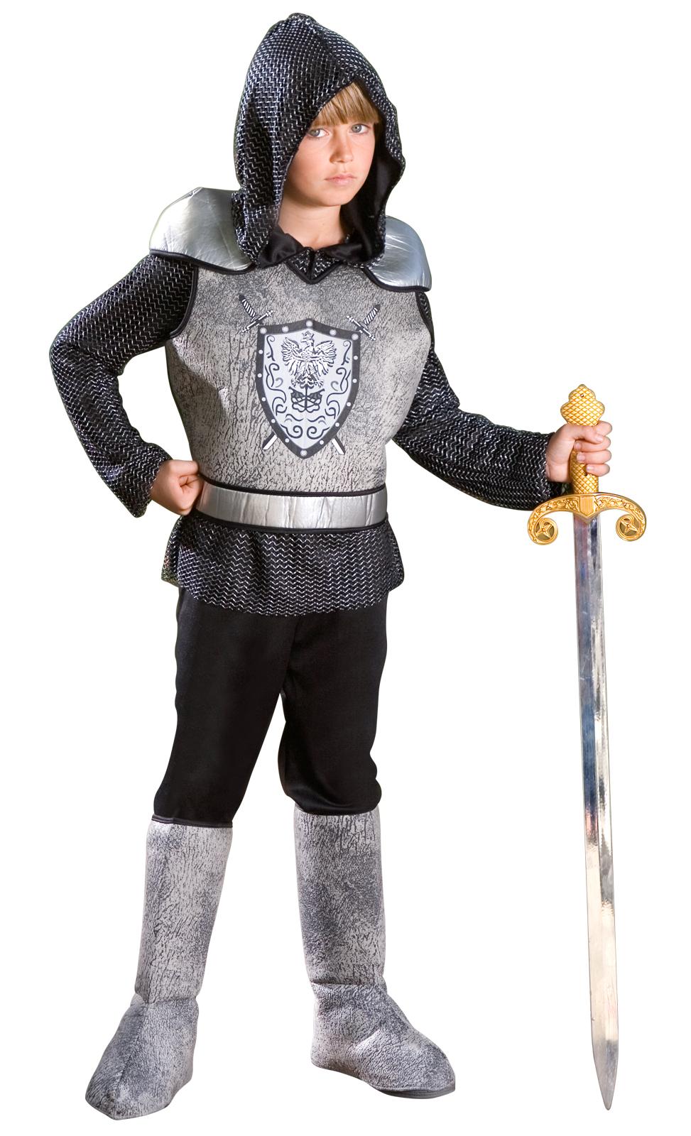 Как сшить костюм рыцаря для мальчика своими руками? 18
