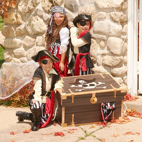 Pirate Dress-up Trunk