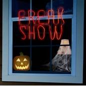 Freak Show Hanging Glow Light Décor