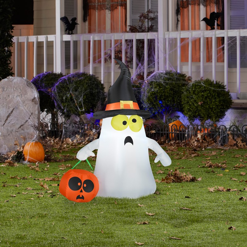 Ghost with witch hat airblown for Air blown decoration