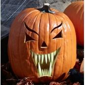 Glow in the Dark Fang Pumpkin Teeth (18 count)