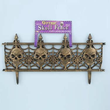 Gold Gothic Skull Fence (2 count)